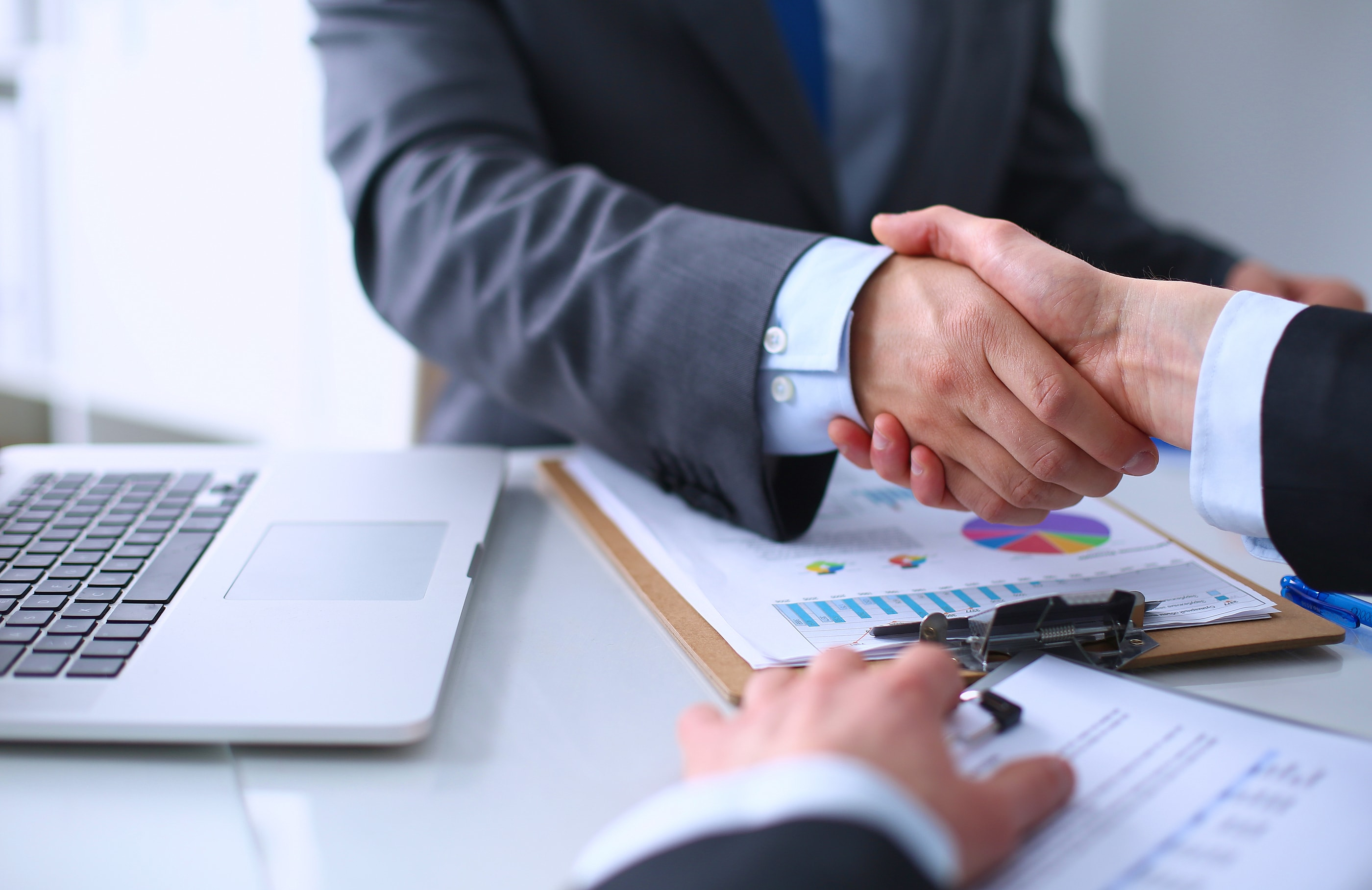 investors group financial consultant job review